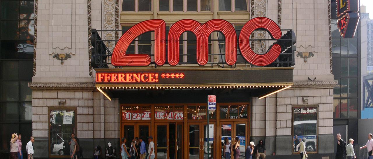 AMC, leader du marché des salles de cinéma aux USA, et propriétaire depuis 2016 de Odeon, deuxième propriétaire des salles du Royame-Uni