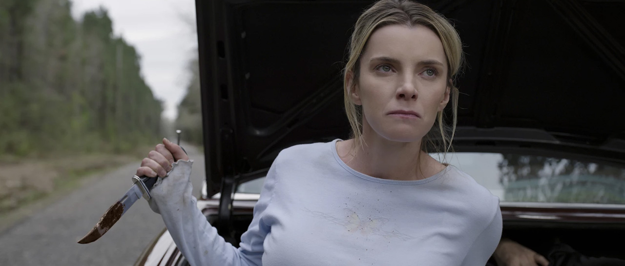 Betty Gilpin - The Hunt (Craig Zobel, 2020, Blumhouse Productions)